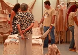 salão de artesanato Delmer Rodrigues 29 01 2015 1 270x191 - Salão de Artesanato bate recorde de público e volume de vendas é superior a R$ 1,3 milhão