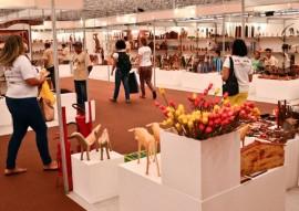 salão de artesanato Delmer Rodrigues 29 01 2015 2 1 270x191 - Salão de Artesanato bate recorde de público e volume de vendas é superior a R$ 1,3 milhão