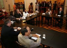 video conferencia microcefalia005 portal 270x191 - Ricardo concede coletiva à imprensa local e internacional sobre pesquisa de microcefalia na Paraíba