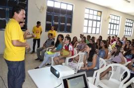 AFP9050 270x178 - Secretário da Educação visita polo do PBVest em Sousa