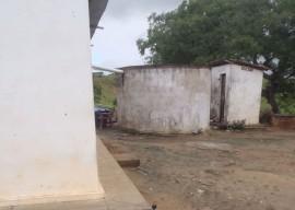 PONTO DE ÁGUA JUNTO A RESIDÊNCIA 270x192 - Governo conclui 80 sistemas coletivos de abastecimento de água
