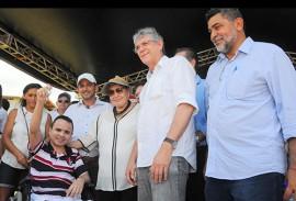 ricardo entrega casas em patos foto jose marques 8 270x183 - Ricardo entrega residencial que beneficia mais de 700 famílias em Patos