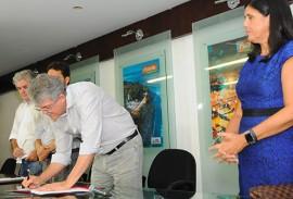 ricardo na solenidade do empreender foto jose marques 1 270x183 - Ricardo lança linha de crédito Empreender Inovação Tecnológica
