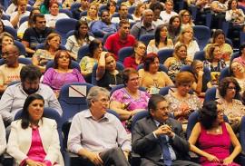 ricardo no dia internacional da mulher foto jose marques 7 270x183 - Ricardo lança campanha alusiva ao Mês da Mulher e anuncia ações