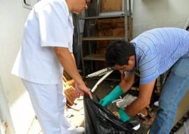 ses hemocentro realiza limpeza continuada contra o mosquito aedes aegypti 5 270x191 - Hemocentro realiza limpeza contínua contra mosquito Aedes aegypti