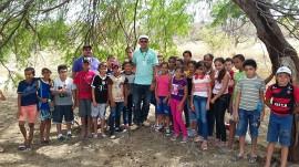 ALUNOS BARRAGEM 270x151 - Alunos de escola rural no Cariri conhecem como é construída a barragem subterrânea