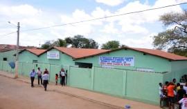 BONITO DE SANTA FÈ9 270x158 - Ricardo entrega reforma de escola em Bonito de Santa Fé e autoriza obras de estrada em Conceição