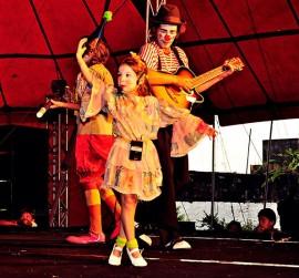 Caminhão de palhaços3 1 270x251 - Projeto Interatos de maio apresenta espetáculos de teatro, dança e circo
