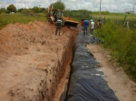 barragem subterranea 270x202 - Alunos de escola rural no Cariri conhecem como é construída a barragem subterrânea