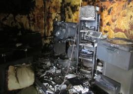 bombeiros incendio hospital sao vicente de paula 5 270x191 - Soldado do Corpo de Bombeiros combate incêndio em hospital da Capital