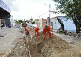 cagepa sustituicao da rede 1 270x191 - Cagepa retoma substituição de redes de ferro por PVC em João Pessoa