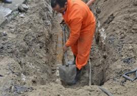 cagepa sustituicao da rede 2 270x191 - Cagepa retoma substituição de redes de ferro por PVC em João Pessoa