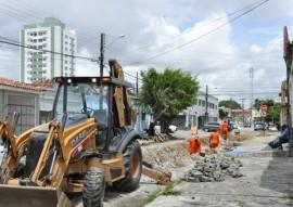 cagepa sustituicao da rede 4 270x191 - Cagepa retoma substituição de redes de ferro por PVC em João Pessoa