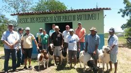 caprino bartolomeu 29 04 270x152 - Governo repassa caprinos para agricultores do Projeto Ecoprodutivo