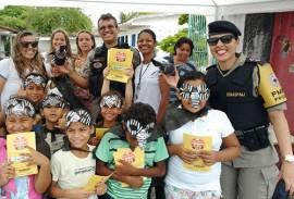 proerd da pm combate ao aedes aegypti 3 270x183 - Polícia Militar realiza ação educativa de combate ao Aedes aegypti