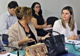 ses comite de combate contra zika chikungunya dengue na paraiba foto ricardo puppe 3 270x191 - Comitê discute ações de enfrentamento da dengue, zika e chikungunya na Paraíba