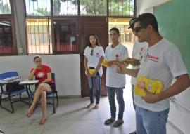 ses e cruz vermelha combate ao aedes na ufpb foto RicardoPuppe 2 270x191 - Governo do Estado e Cruz Vermelha realizam atividade de combate ao Aedes na UFPB