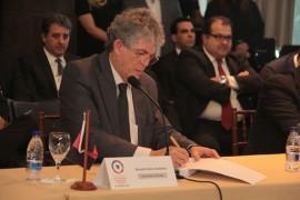 19 05 16 encontro dos governadores em Maceió fotos alberi pontes99 270x180 - Ricardo defende política nacional de segurança e conclusão da transposição até dezembro