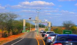 COXIXOLA2 270x158 - Ricardo inaugura rodovia que tira a 40ª cidade paraibana do isolamento asfáltico