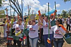 RicardoPuppe Combate Dengue 6 270x180 - Governo do Estado participa de 'faxinaço' contra o Aedes na Capital