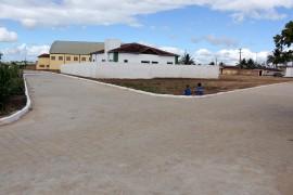 bananeiras calçamento de rua foto francisco frança 4 270x180 - Ricardo entrega drenagem e pavimentação de ruas em Casserengue e Bananeiras