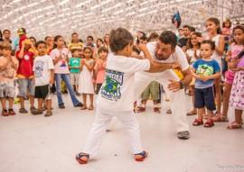 feirinha abril2 foto thercles silva 270x191 - Feirinha de Domingo tem artesanato, variedades e atrações para crianças no Espaço Cultural