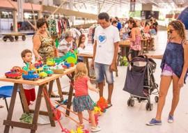 feirinha abril4 foto thercles silva 270x191 - Feirinha de Domingo tem artesanato, variedades e atrações para crianças no Espaço Cultural