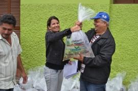 pis417 270x179 - Governo do Estado distribui 150 mil alevinos para açudes de oito municípios neste mês de maio