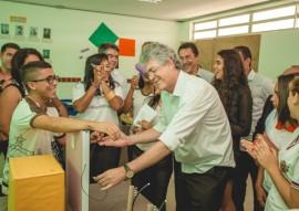 ricardo assinatura do termo de compromisso das escolas tecnicas fnde foto max brito 13 270x191 - Ricardo assina termo com FNDE que garante a construção de mais seis escolas técnicas na Paraíba