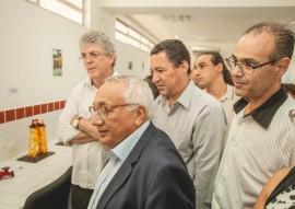 ricardo assinatura do termo de compromisso das escolas tecnicas fnde foto max brito 8 270x191 - Ricardo assina termo com FNDE que garante a construção de mais seis escolas técnicas na Paraíba