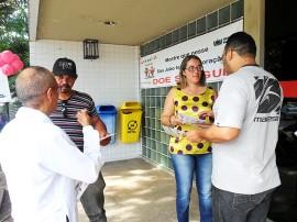 hemocentro campanha 270x202 - Ação educativa de combate ao Aedes aegypti complementa atividades do Dia D no Hemocentro da Paraíba
