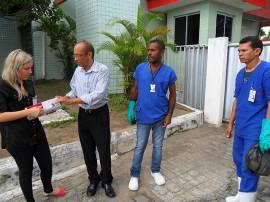 hemocentro faxina2 270x202 - Hemocentro da Paraíba realiza dia de faxina contra o mosquito Aedes aegypti