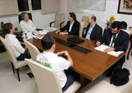 ricardo com representantes do mma foto francisco frança 2 270x191 - Ricardo discute avanços na área hídrica e do meio ambiente com representantes do Governo Federal