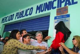 ricardo inaugura reforma do mercado de fagundes foto jose marques 6 270x183 - Ricardo entrega reforma de Mercado Público e atende comerciantes de Fagundes