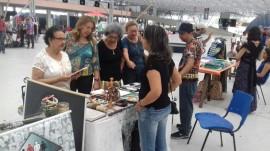 Artesão2 270x151 - Artesãos capacitados no Caps Jovem Cidadão participam de feira de artesanato no Espaço Cultural