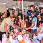 cliente-viviane-e-filhas_multifeira-brasil_foto-walter-rafael-(3)_portal
