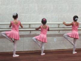 escola de danca sta roza3Portal 270x202 - Teatro Santa Roza inscreve para turmas de ballet e dança contemporânea