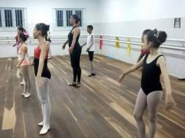 escola de danca sta roza8 portal 270x202 - Teatro Santa Roza inscreve para turmas de ballet e dança contemporânea