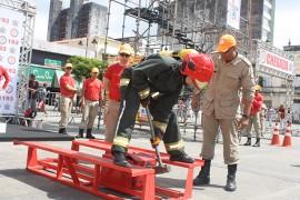 bombeiros3 270x180 - Competição: 'Bombeiro de aço' testa habilidades e limites de participantes