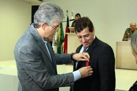 medalhas da policia civil foto francisco frança secom pb 5 270x180 - Ricardo prestigia solenidade comemorativa aos 35 anos da Polícia Civil da Paraíba