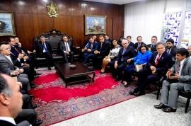 reuniao temer e renan 270x178 - Lígia participa de reunião com presidente Temer e governadores do Norte e Nordeste