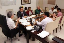 ricardo com professores foto francisco frança secom pb 4 270x183 - Ricardo se reúne com diretoria do Sintep-PB e discute pleitos da categoria