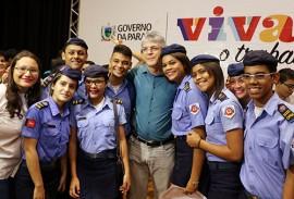 ricardo em giramundo brasil e canada foto 18 270x183 - Ricardo participa da solenidade de pré-embarque dos selecionados no Programa Gira Mundo