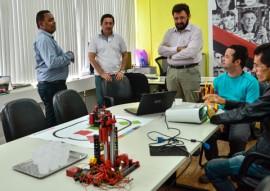 see reuniao de robotica foto delmer rodrigues 2 270x191 - Secretaria de Estado da Educação analisa parceria com UEPB e Fapesq na área de robótica