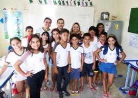 Juss lia de Lima H lio Trajano Irani Targino e alunos 270x191 - Rede Estadual de Ensino desenvolve habilidades emocionais que contribuem para a cultura de paz nas escolas