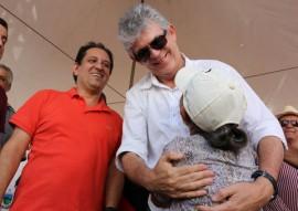 adutora de aroeira foto francisco fran a secom pb 81 270x191 - Ricardo entrega adutoras de Natuba e Aroeiras beneficiando 35 mil habitantes