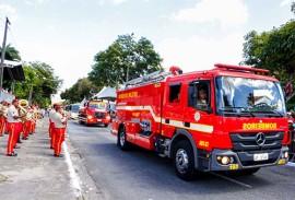 carros bombeiro foto walter rafael 3 270x183 - Público elogia e aplaude Corpo de Bombeiros durante desfile de 7 de setembro