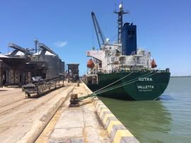 porto de cabedelo operacao milho foto joselio carneiro 1 270x202 - Porto de Cabedelo volta a receber carga de milho após 10 anos