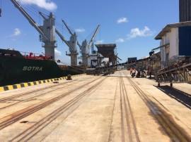 porto de cabedelo operacao milho foto joselio carneiro 6 270x202 - Porto de Cabedelo volta a receber carga de milho após 10 anos
