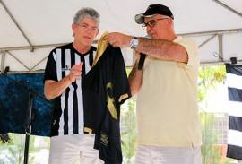 ricardo na sede botafogo foto walter rafael 2 270x183 - Ricardo prestigia evento em comemoração aos 85 anos do Botafogo